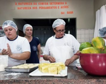 Educando e transformando as relações alimentares